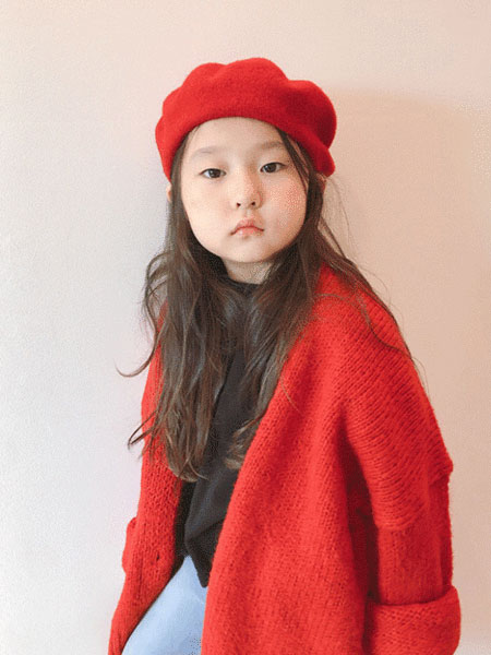 Roanjane童装品牌2019秋冬安德森长针织外套