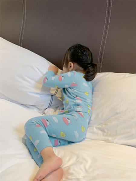 果果熙童装品牌2020春夏新款女童长袖睡衣秋季两件套宝宝满印睡衣套装