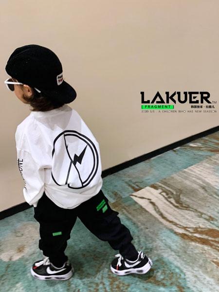 拉酷儿童装品牌2020春夏新款背后图案短袖上衣