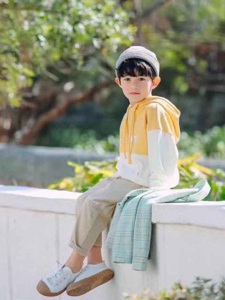 木子MUUZI童装品牌2020春夏新款拼接色带帽卫衣