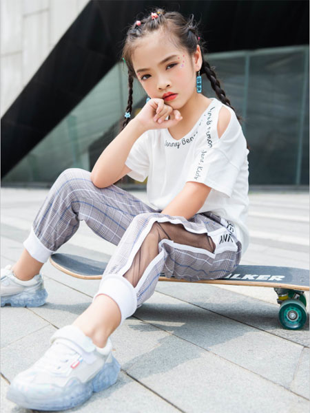 BennyJenny童装品牌2020春夏新款纯色印字简洁短袖上衣
