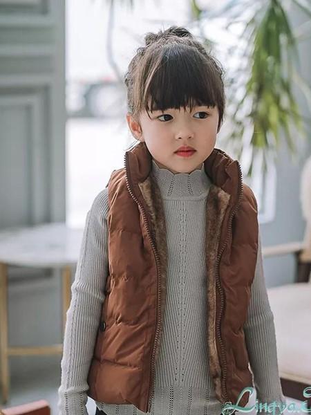 玲珑童装品牌2020秋冬羽绒服马甲