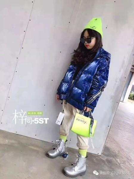 5ST童装品牌2019秋冬亮面棉袄