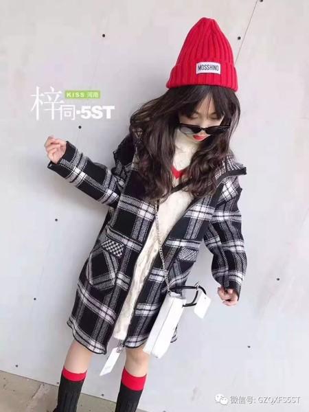 5ST童装品牌2019秋冬格子大衣