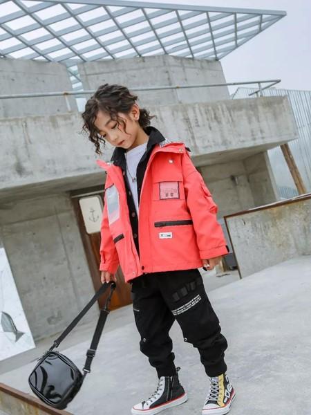 艾克米迪童装品牌2019秋冬休闲保暖夹克衫