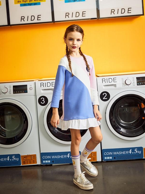 暇步士童装品牌2020春夏长款拼接款裙子