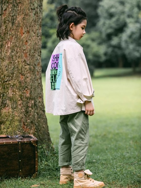 �n米娜�L尚童�b品牌2020春夏酷炫�A克衫