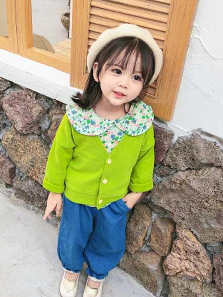 潮贝童装童装品牌2019秋冬新款绿色圆领外套