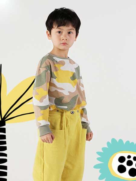 deermode童装品牌2020春夏新款男童创意迷彩纯棉长袖T恤