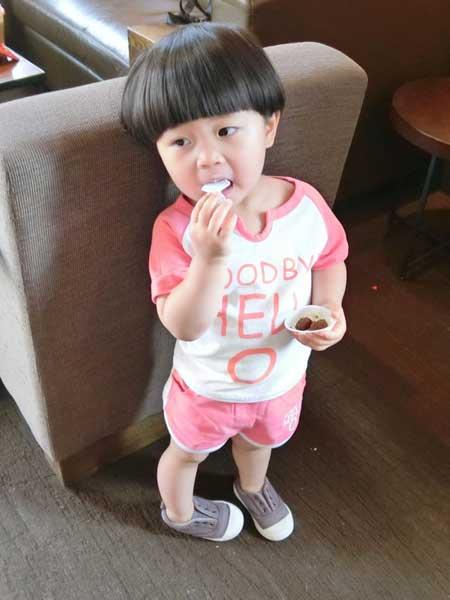 富禧童装品牌2020春夏韩版字母印花短裤两件套