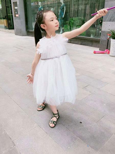 可米芽童装品牌2020春夏新款纯色透纱公主裙