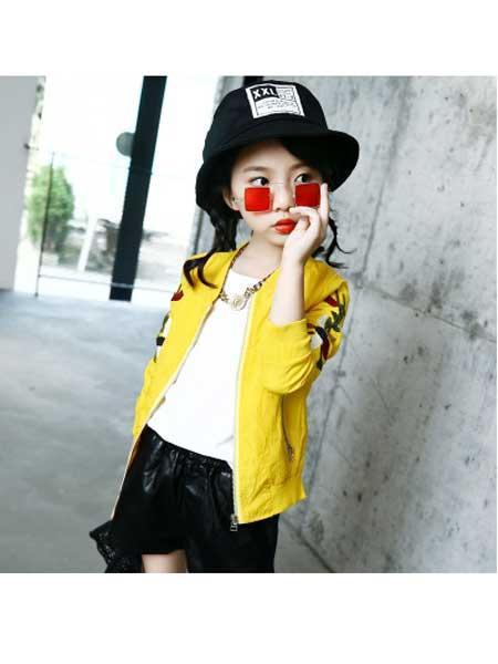 名爵童装品牌2020春夏韩版新款女童时尚外套长袖口袋拉链绣花夹克