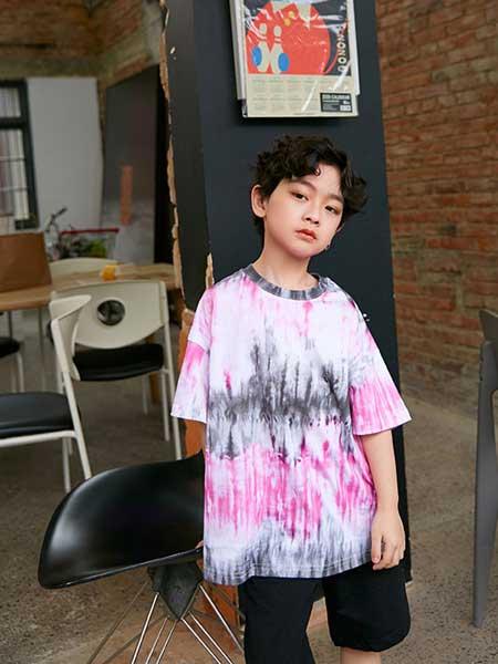Outride越也童装品牌2020春夏新款纯色涂鸦风格短袖上衣