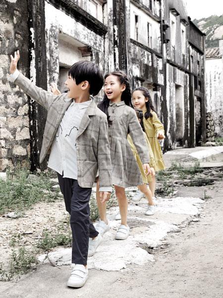 森虎儿童装品牌2020春夏新款纯色格子西装外套