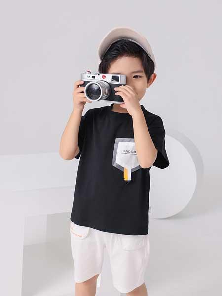 金点·韩e童社童装品牌2020春夏纯棉黑色印花短袖