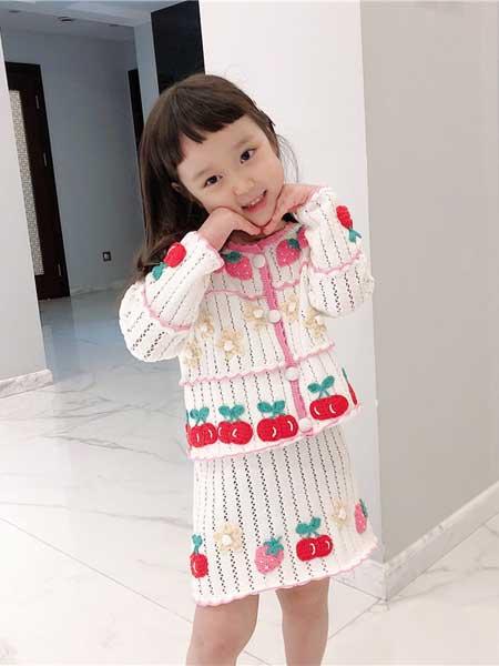 苏博童装品牌2020春夏女童手工樱桃草莓花朵针织裙套装