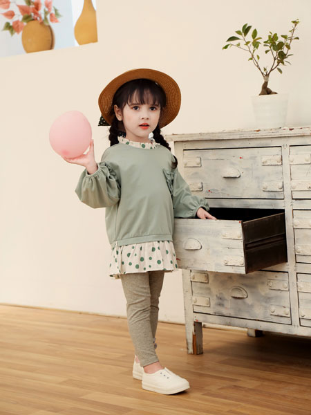可趣可奇童装品牌2020春夏个性假两件卫衣