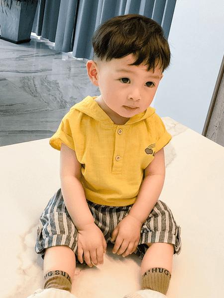 宝贝真乖童装品牌2020春夏新款宝宝童装宝宝卡通连帽上衣条纹短裤两件套潮