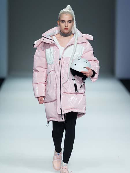 马布童装品牌2020春夏保暖外套
