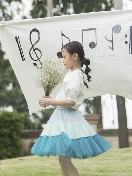彩色笔童装品牌2020春夏连衣裙蓝边网纱