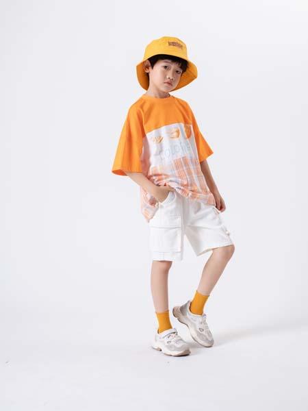 2020加盟热销品牌,彩色笔童装品牌诚邀空白市场加盟