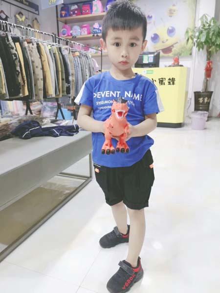 咔咪小蜜蜂童装品牌2020春夏蓝色T恤黑色短裤