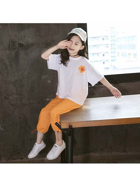 YC·Kids童装品牌2020春夏韩范中大童短袖花朵背后大雏菊套装