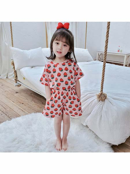 可咘童装品牌2020春夏时尚女童草莓图案连衣裙