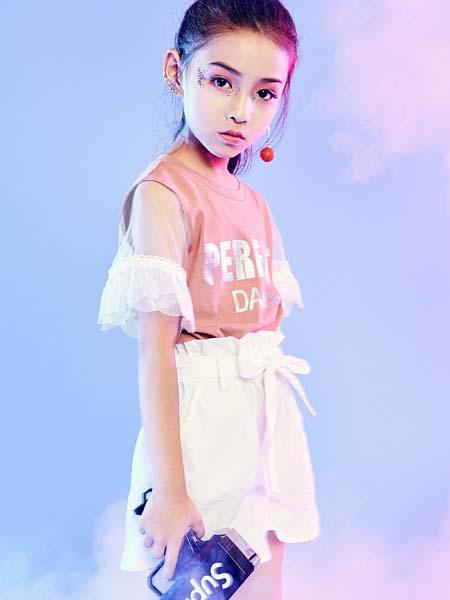宠来宠趣童装品牌2020春夏粉色蕾丝袖T恤