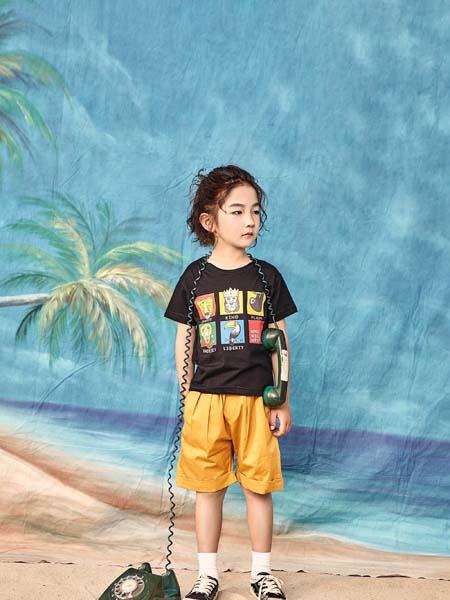 宠来宠趣童装品牌2020春夏黑色T恤