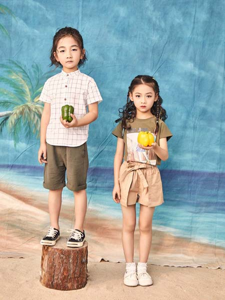 宠来宠趣童装品牌2020春夏格纹衬衫