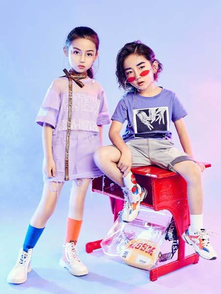 寵來寵趣童裝品牌2020春夏淺紫粉色T恤