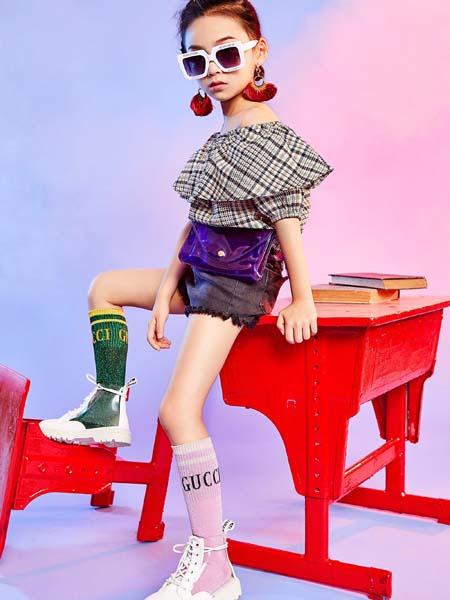 寵來寵趣童裝品牌2020春夏荷葉邊格紋T恤