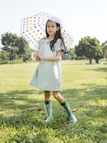 棉绘童装品牌2020春夏圆领浅绿色连衣裙