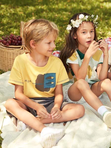 棉绘童装品牌2020春夏浅黄色T恤