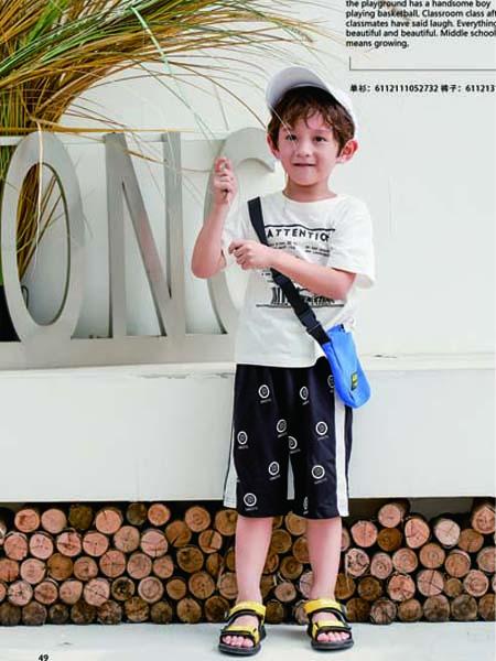 德蒙斯特童装品牌2020春夏字母白色T恤