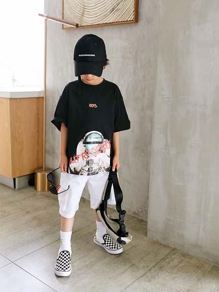 Outride越也童装款式新颖,质量出众