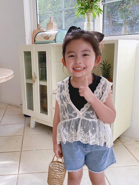 麦田季童装品牌2020春夏新款韩国童装女童全棉蕾丝网纱背心罩衫儿童无袖花边上衣