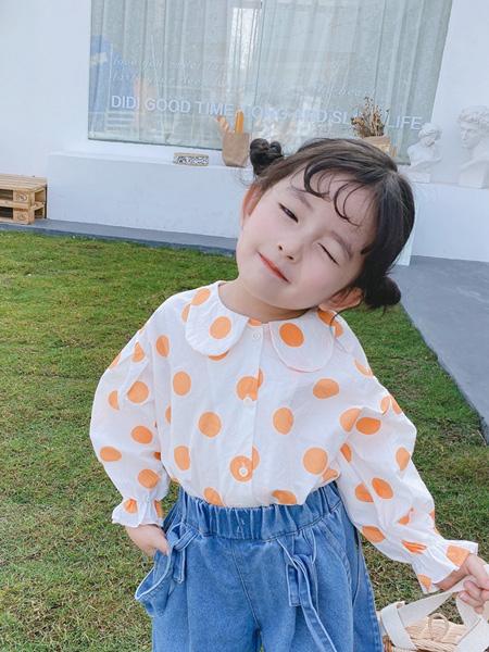 麦田季童装品牌2020春夏新款麦田季韩版女童圆点娃娃领衬衫儿童全棉波点长袖上衣