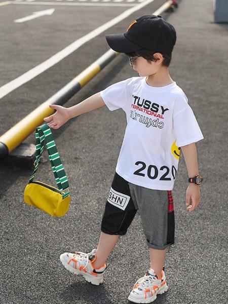 金鱼童装品牌2020春夏新款儿童韩版男童印花套装中大童纯棉短袖两件套