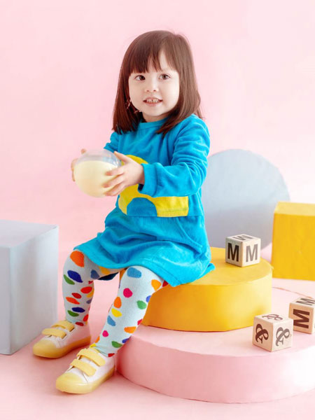 M1&M2童鞋 一直坚持西班牙自主研发原创设计及缝制工艺