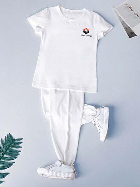 暖康小黑桔童装品牌2020春夏白色T恤白色长裤