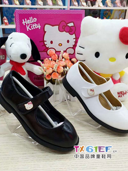 史努比/凯蒂猫/小叮当/迪士尼童鞋品牌女童皮鞋白色黑色