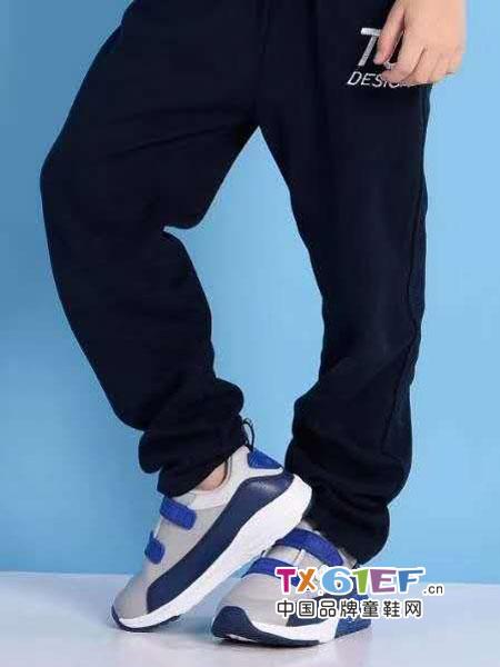 史努比/凯蒂猫/小叮当/迪士尼童鞋品牌蓝色灰色跑鞋