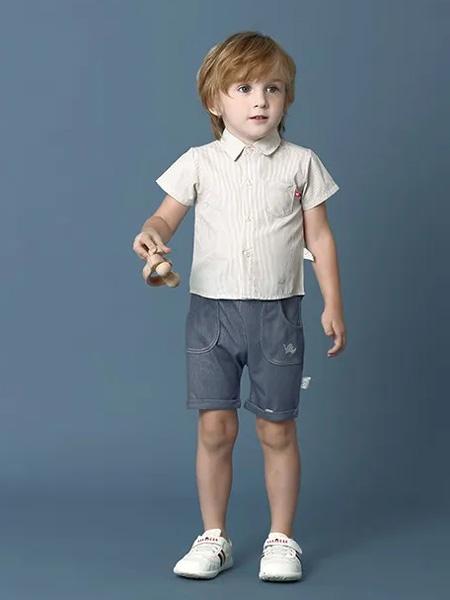 卡拉贝熊童装品牌2020春夏娃娃领白纱T恤