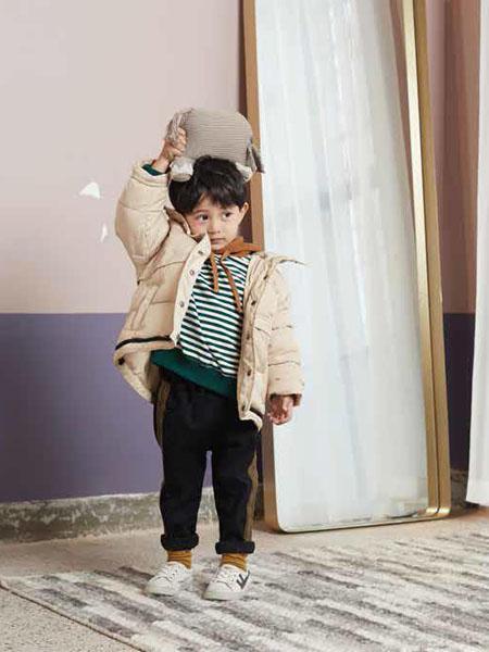 小瞳象童装品牌2020秋冬卡其色浅色外套