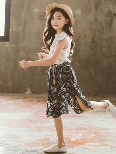 东楠童装品牌2020春夏童装女童套装韩版夏季女孩洋气t恤碎花雪纺阔腿裤套装