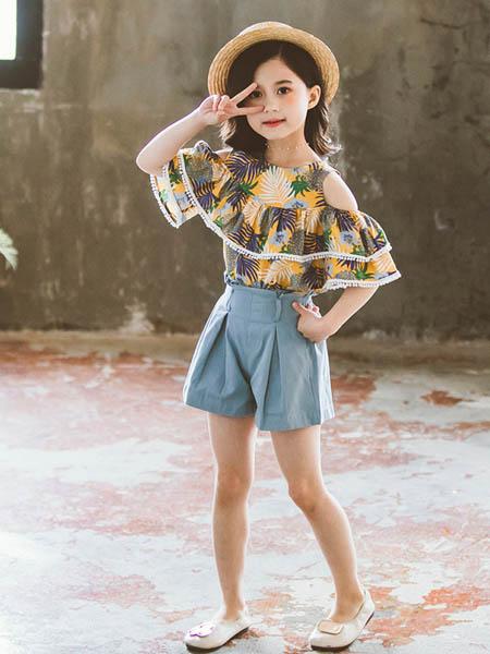 东楠童装品牌2020春夏女童套装新款中大童漏肩树叶上衣牛仔短裤两件套