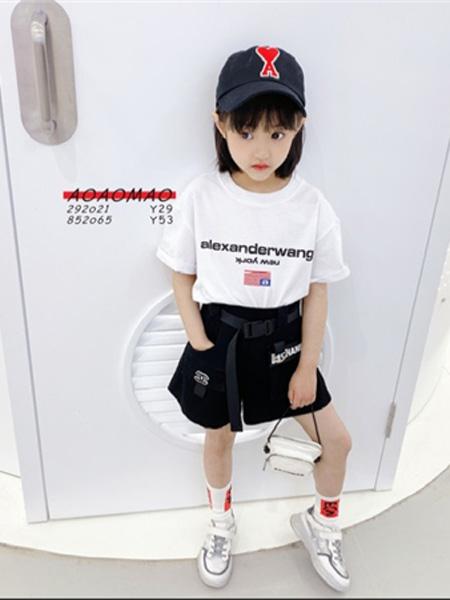 AoAoMao童装品牌2020春夏圆领字母白色T恤