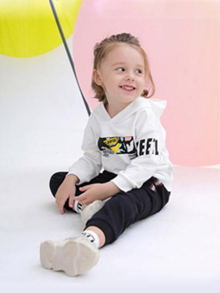 可拉·比特童装品牌2020春夏连帽白色上衣